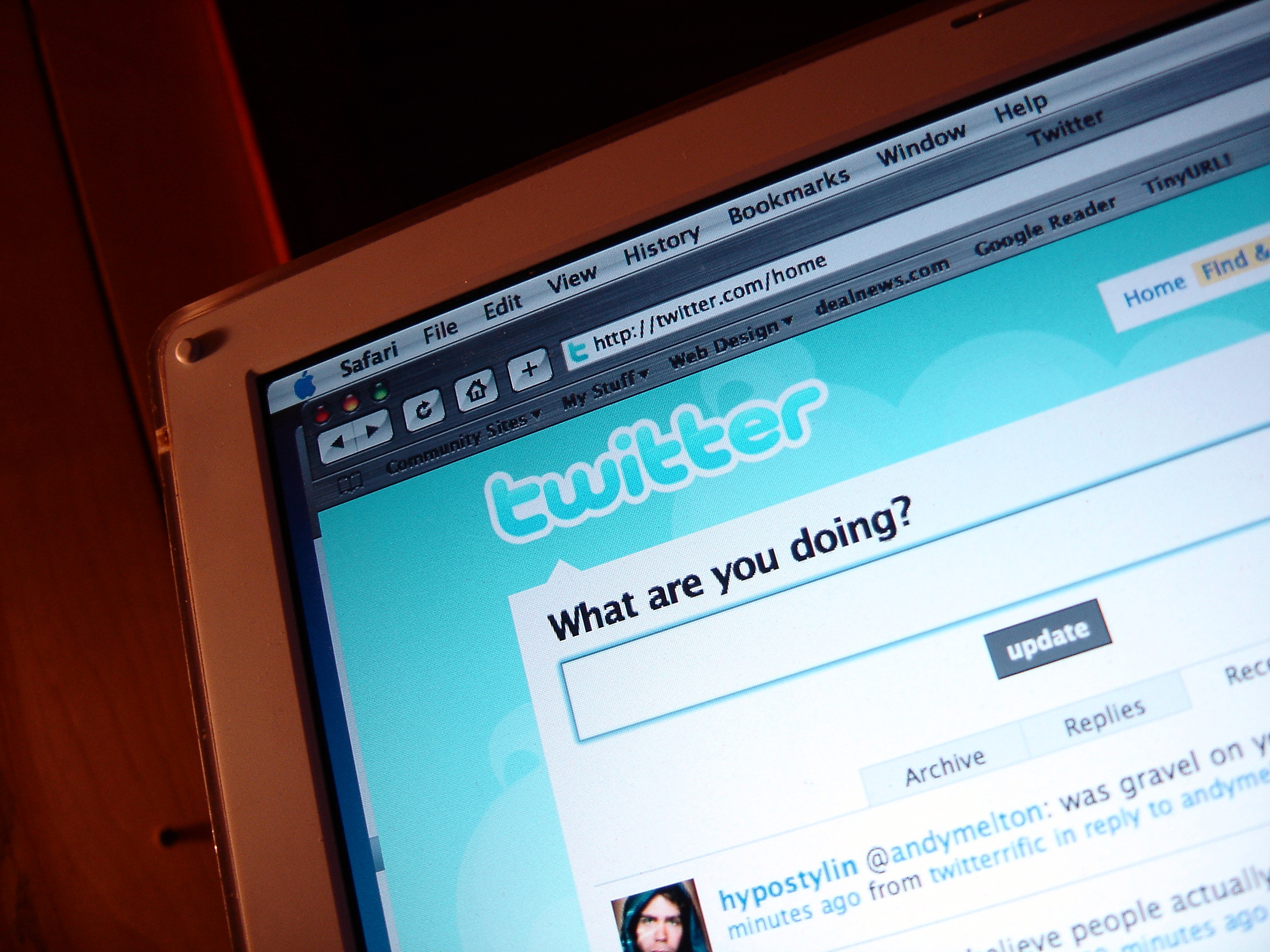 How to Boost Your Small Business Using Twitter